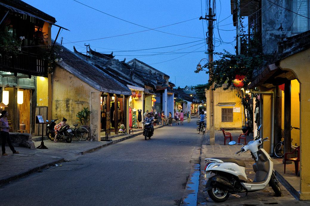 Début de soirée dans la vieille ville de Hoi An, Vietnam