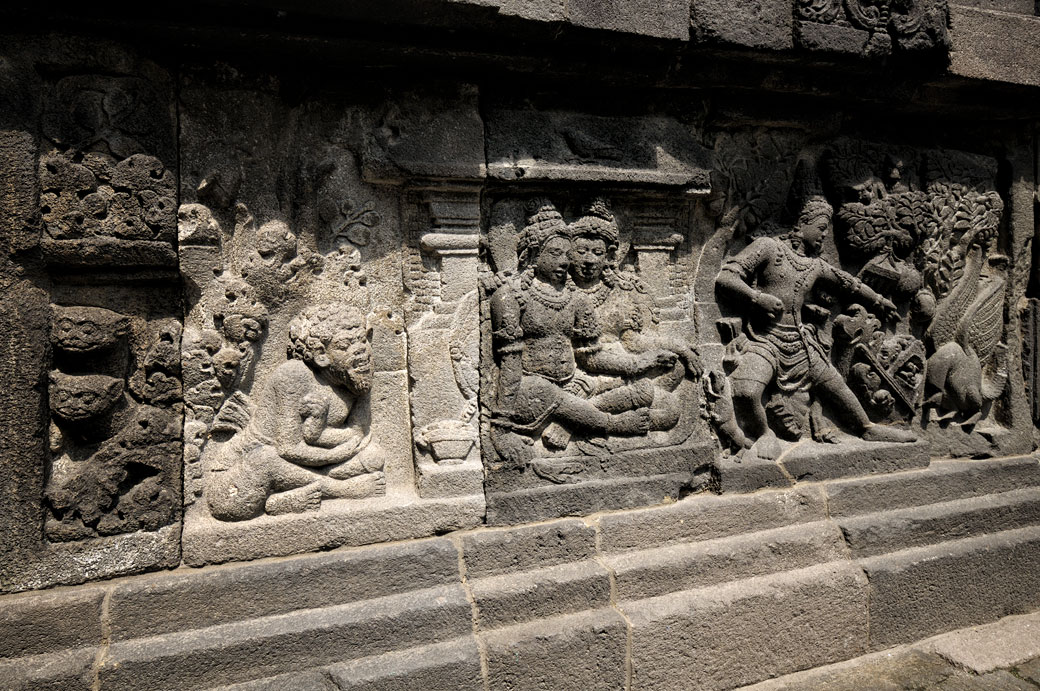 Bas-reliefs au Temple de Prambanan près de Yogyakarta, Indonésie