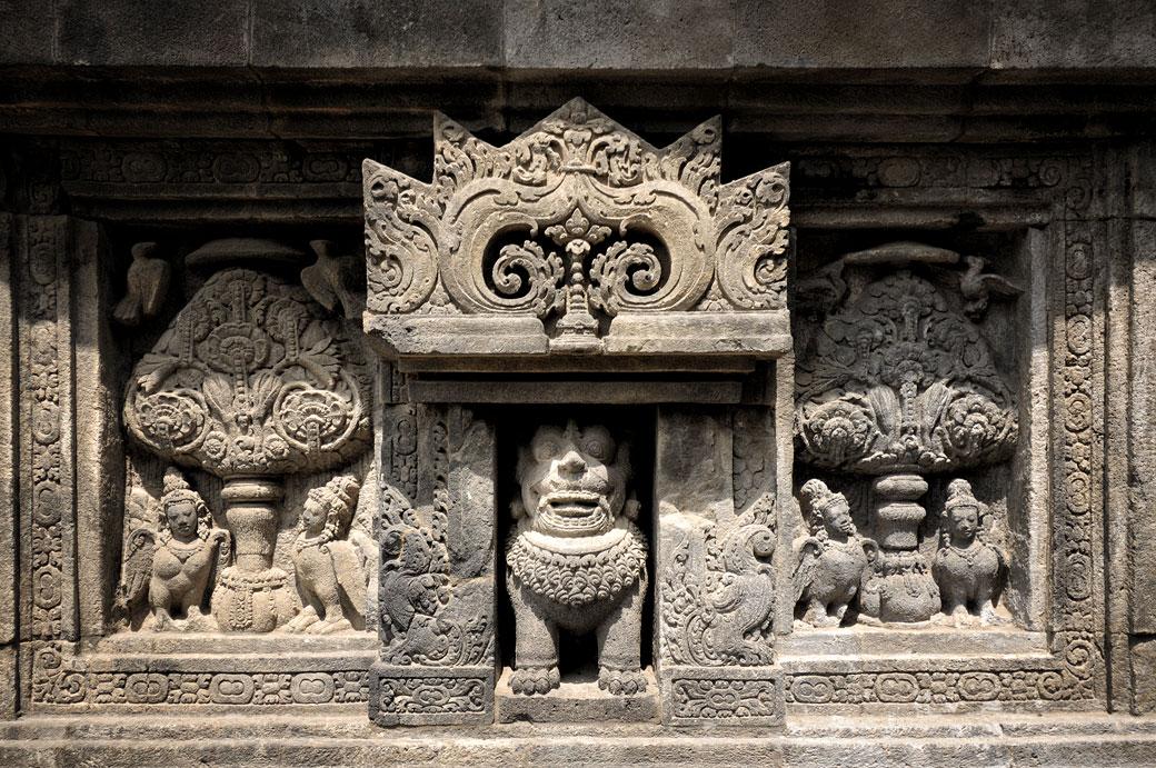 Bas-relief au Temple hindou de Prambanan, Indonésie