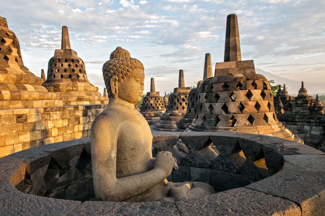 Statue de bouddha au Temple de Borobudur, Indonésie