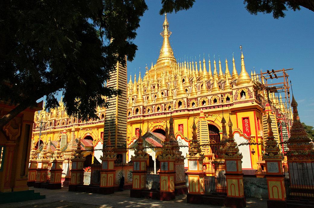 Pagode de Thanboddhay près de Monywa, Birmanie