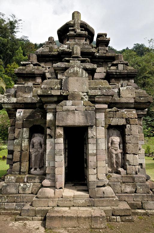 Le petit temple de Selogriyo près de Magelang, Indonésie