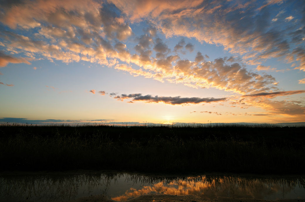 Ciel de Camargue au coucher du soleil, France