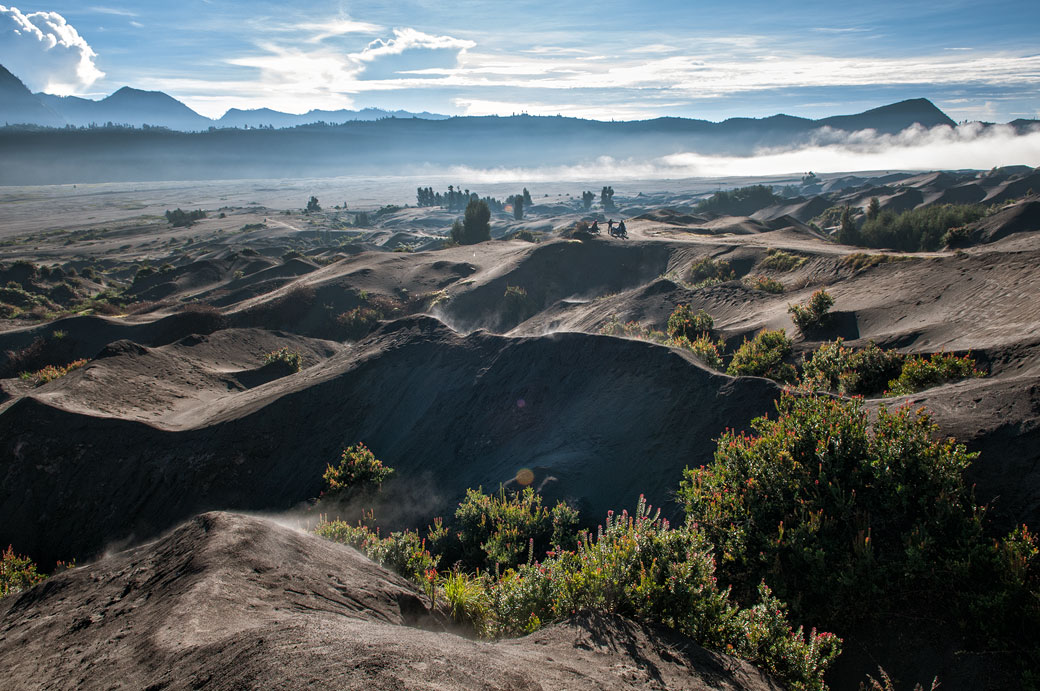 Contrefort du volcan Bromo dans la caldeira de Tengger, Indonésie