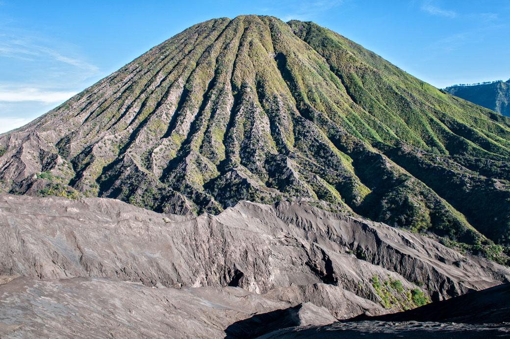 Volcan Batok dans la caldeira de Tengger, Indonésie