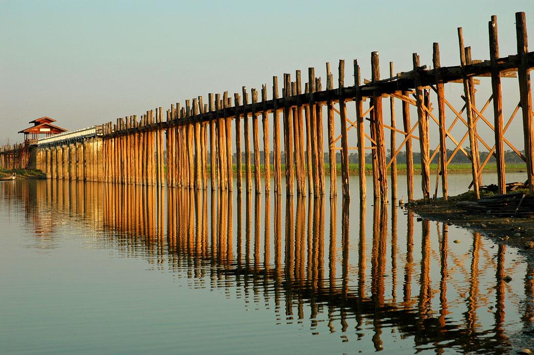Le pont U Bein à Amarapura, Birmanie