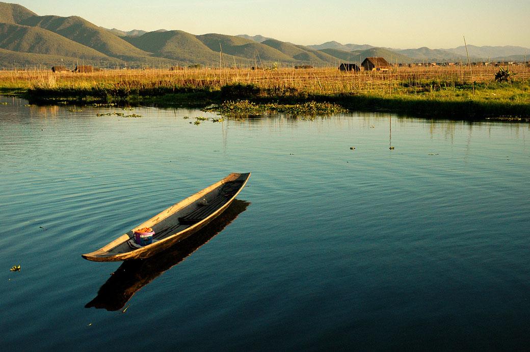 Barque sur le lac Inle, Birmanie
