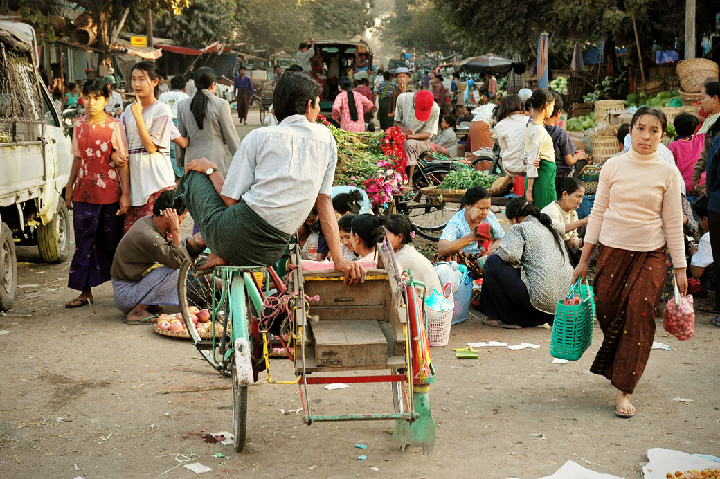 Le marché de Mandalay, Birmanie