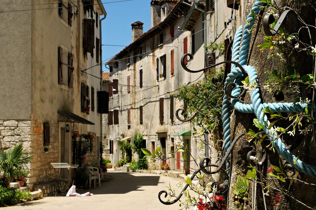 Le village médiéval de Bale-Valle en Istrie, Croatie