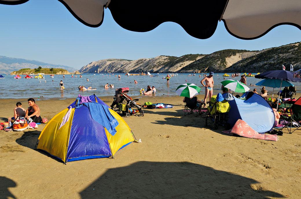Plage de Lopar sur l'île de Rab, Croatie