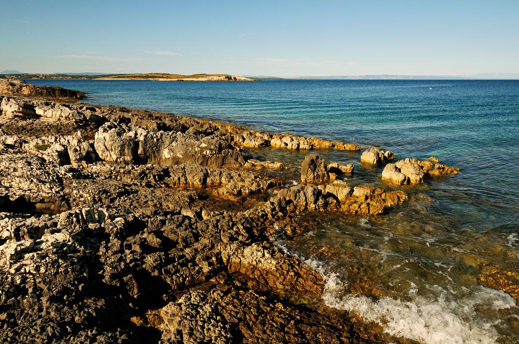 Côte sauvage du cap Kamenjak au sud de l'Istrie, Croatie