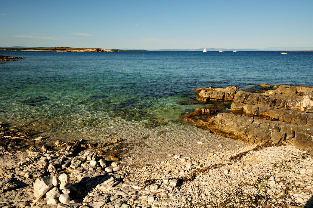 Petite plage au cap Kamenjak au sud de l'Istrie, Croatie