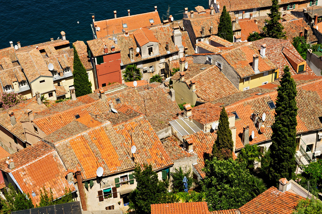 Toits et cheminées de Rovinj en Istrie, Croatie