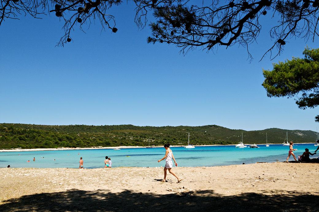 Plage de sable de Sakarun à Dugi Otok, Croatie