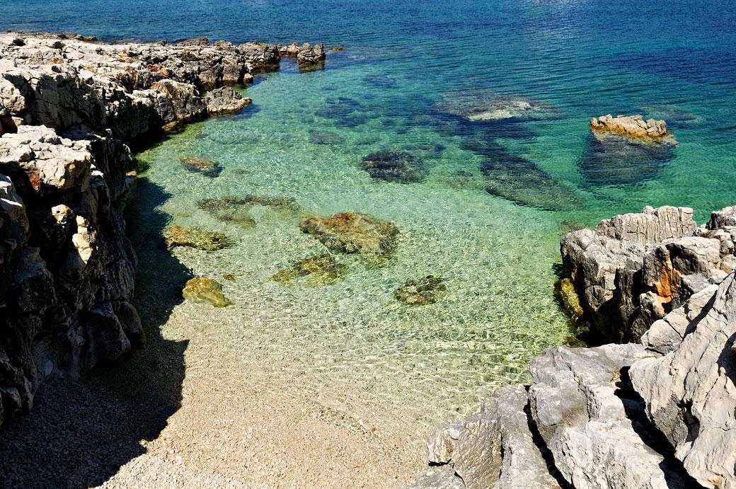 Crique rocheuse à Dugi Otok, Croatie