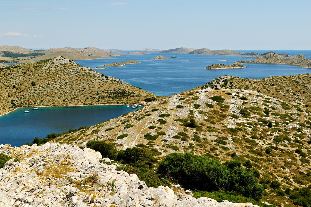 Les petites îles du parc national des Kornati, Croatie