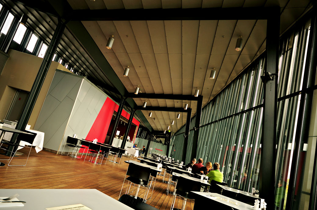Café du musée d'art moderne Arken à Ishøj, Danemark