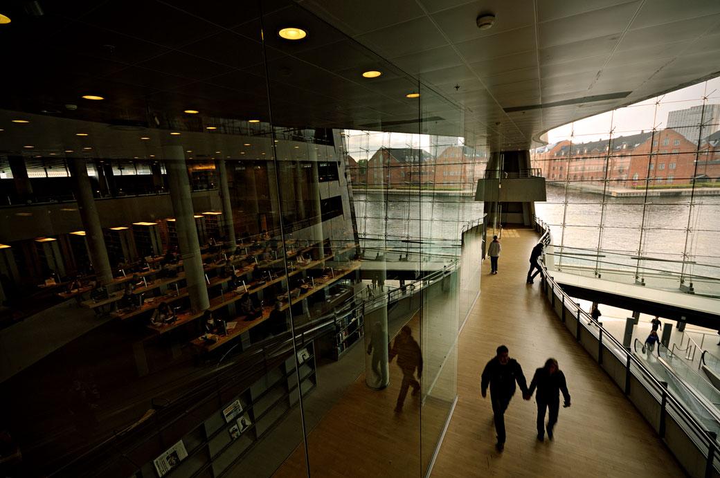 Salle de lecture à la bibliothèque royale de Copenhague, Danemark