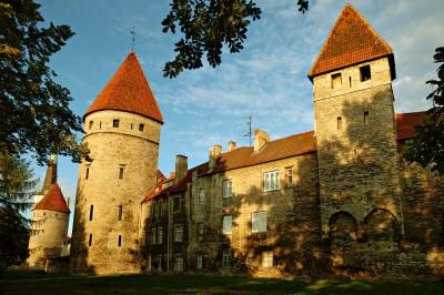 Remparts de la vieille ville médiévale de Tallinn, Estonie