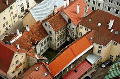 Toits de la vieille ville de Tallinn, Estonie