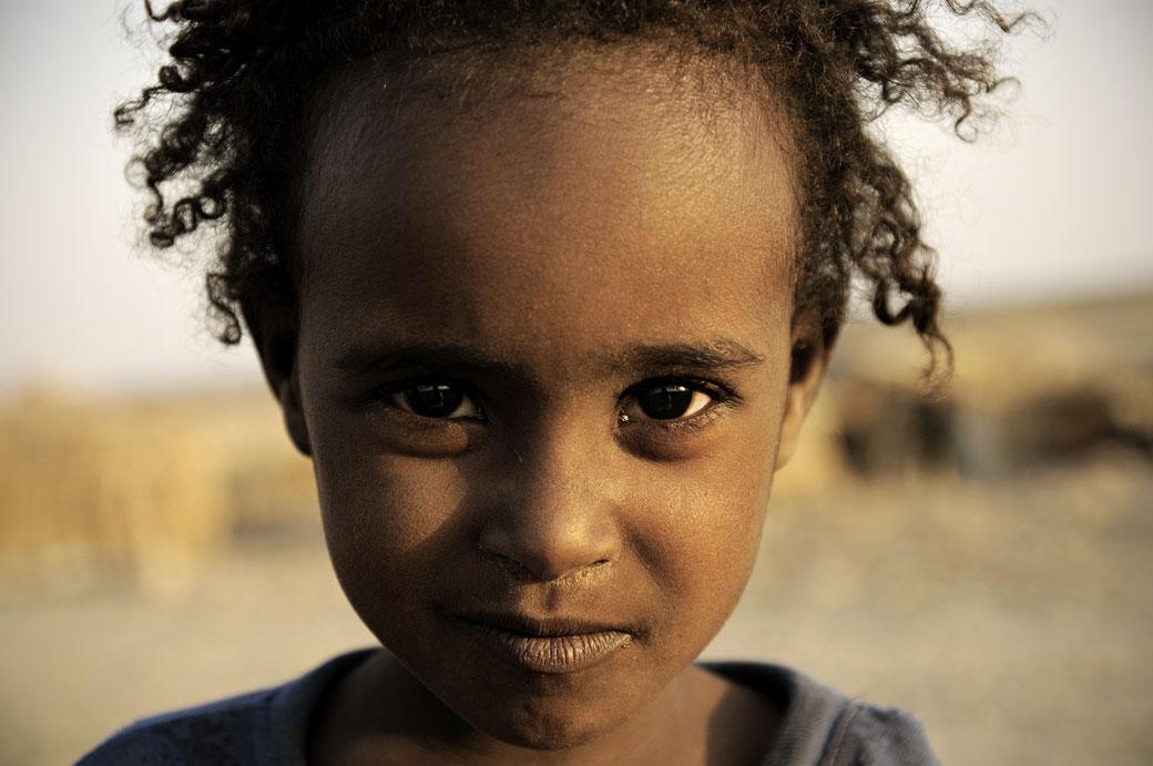 Portrait d'un enfant Afar à Ahmed Ela dans le désert du Danakil