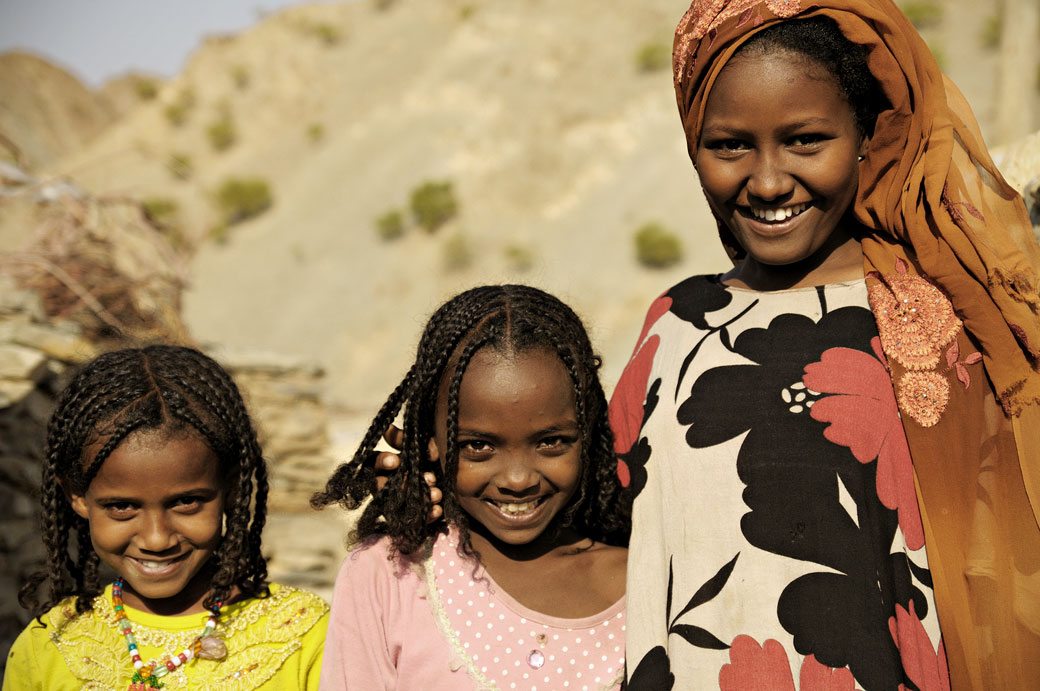 Jeunes filles souriantes de Berahle, Ethiopie