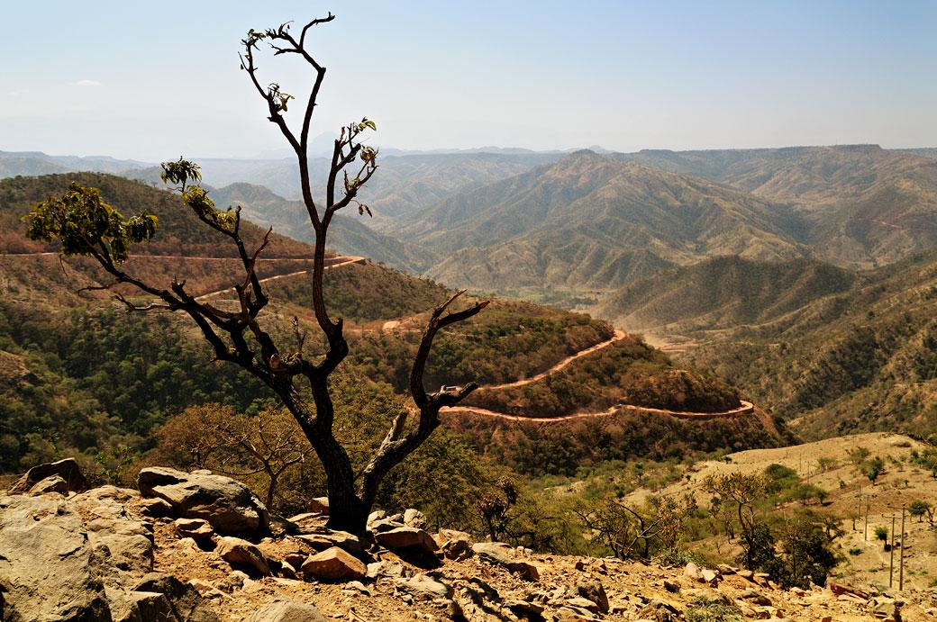 Route en lacets au nord du pays, Ethiopie