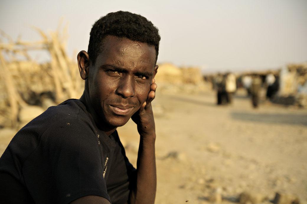 Portrait d'un homme dans le village d'Ahmed Ela, Ethiopie
