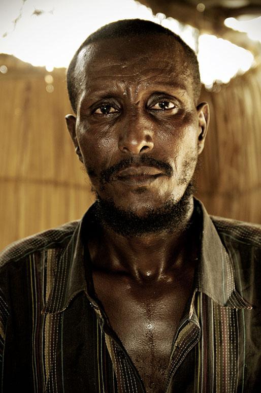 Chef du village de Dodom dans le désert du Danakil, Ethiopie