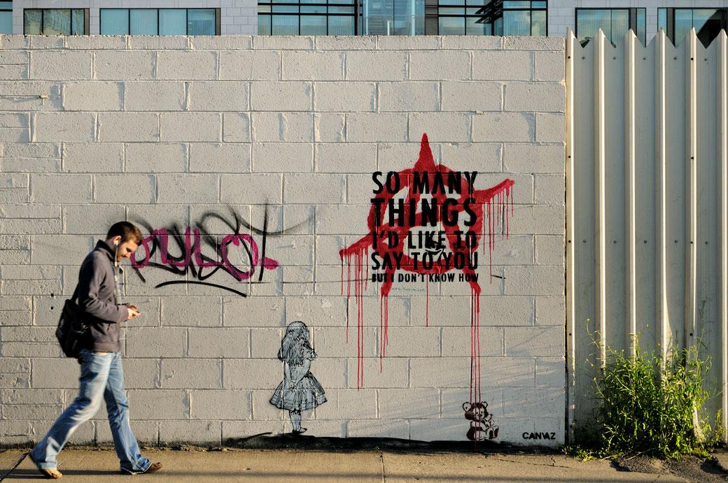 Graffitis sur un mur de Dublin, Irlande