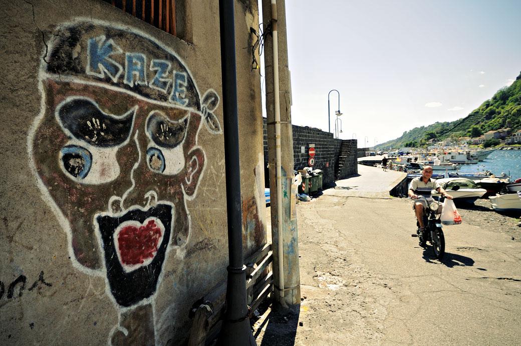 Graffiti à Santa Maria la Scala en Sicile, Italie