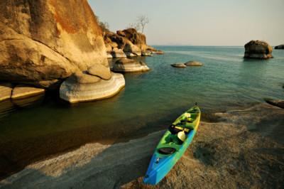 Kayak à Otter Point dans le parc national du lac Malawi