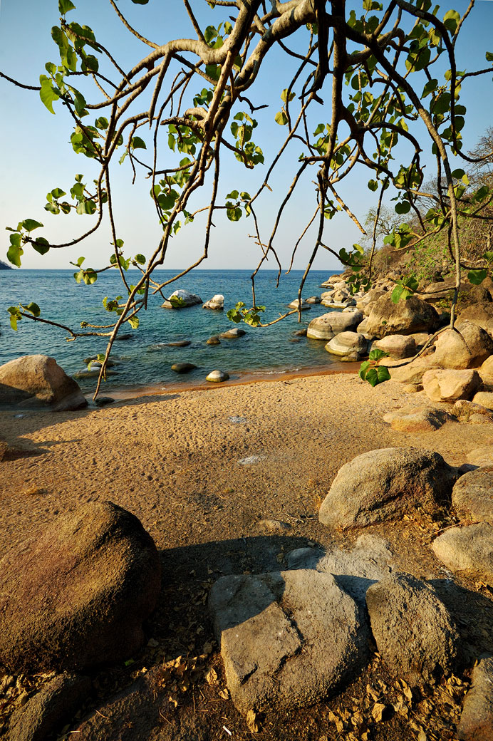 Plage à Ilala gap au bord du lac Malawi