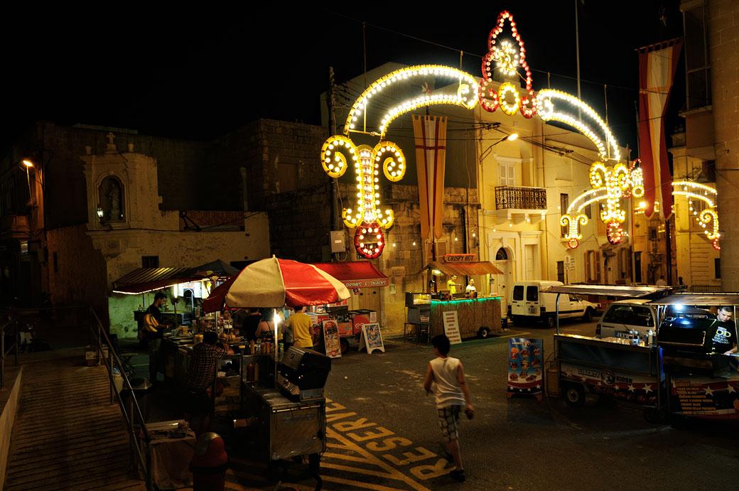 Fête au village de Nadur à Gozo, Malte