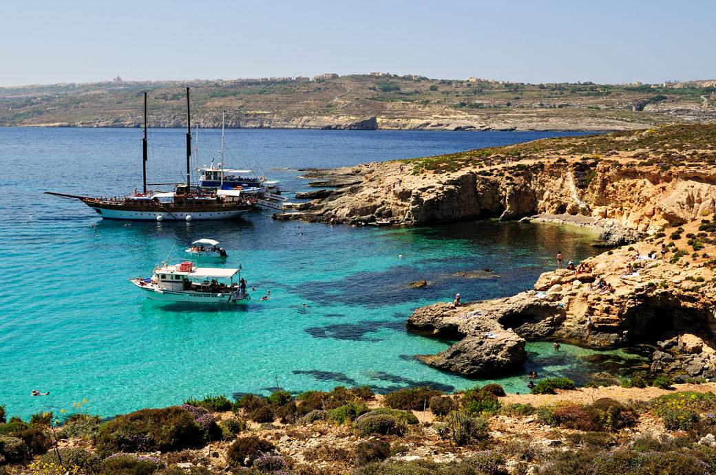 Bateaux au lagon bleu de Comino, Malte