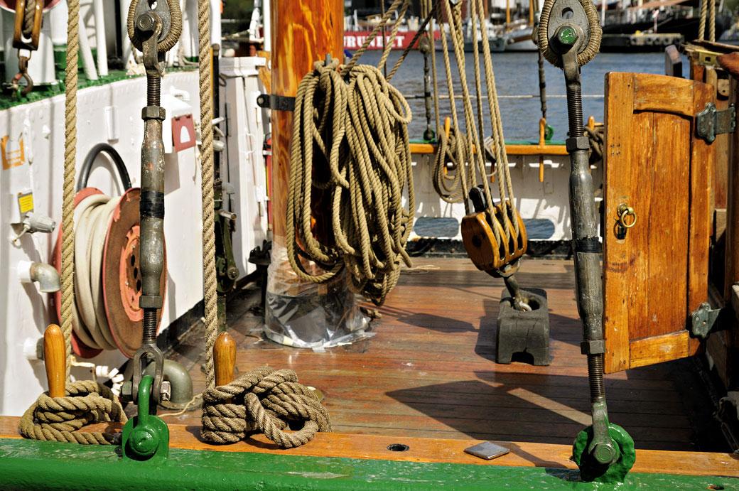 Cordes sur un bateau à Stockholm, Suède