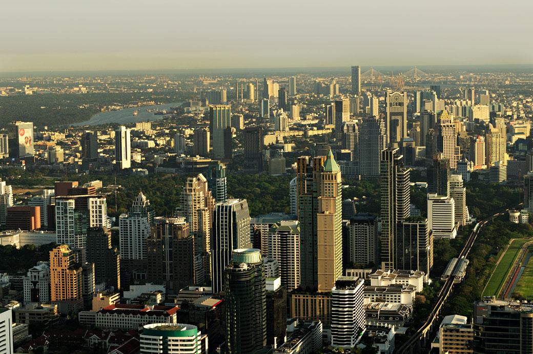 Les gratte-ciel de Bangkok depuis Baiyoke Tower II, Thaïlande