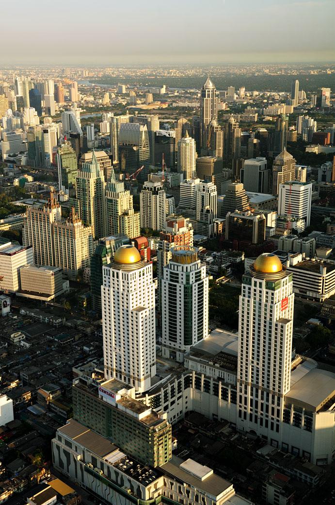 Gratte-ciel de Bangkok depuis Baiyoke Tower II, Thaïlande