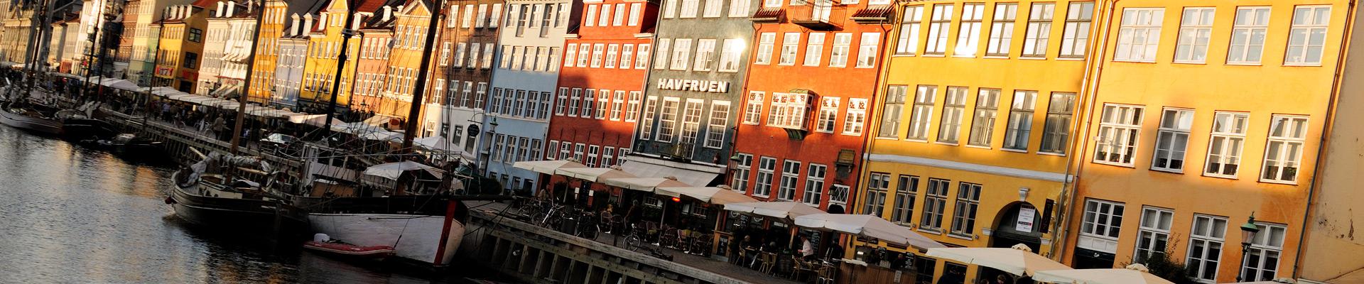 Top image Nyhavn à Copenhague, Danemark