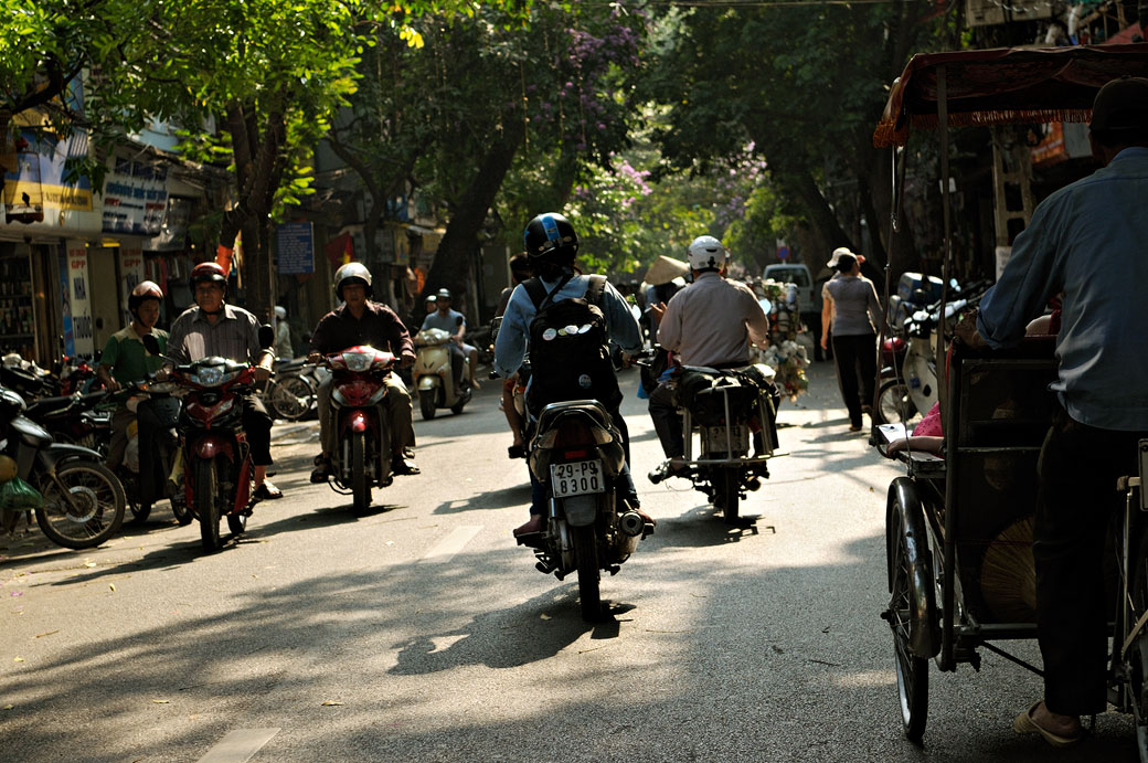 Deux-roues dans la vieille ville de Hanoi, Vietnam