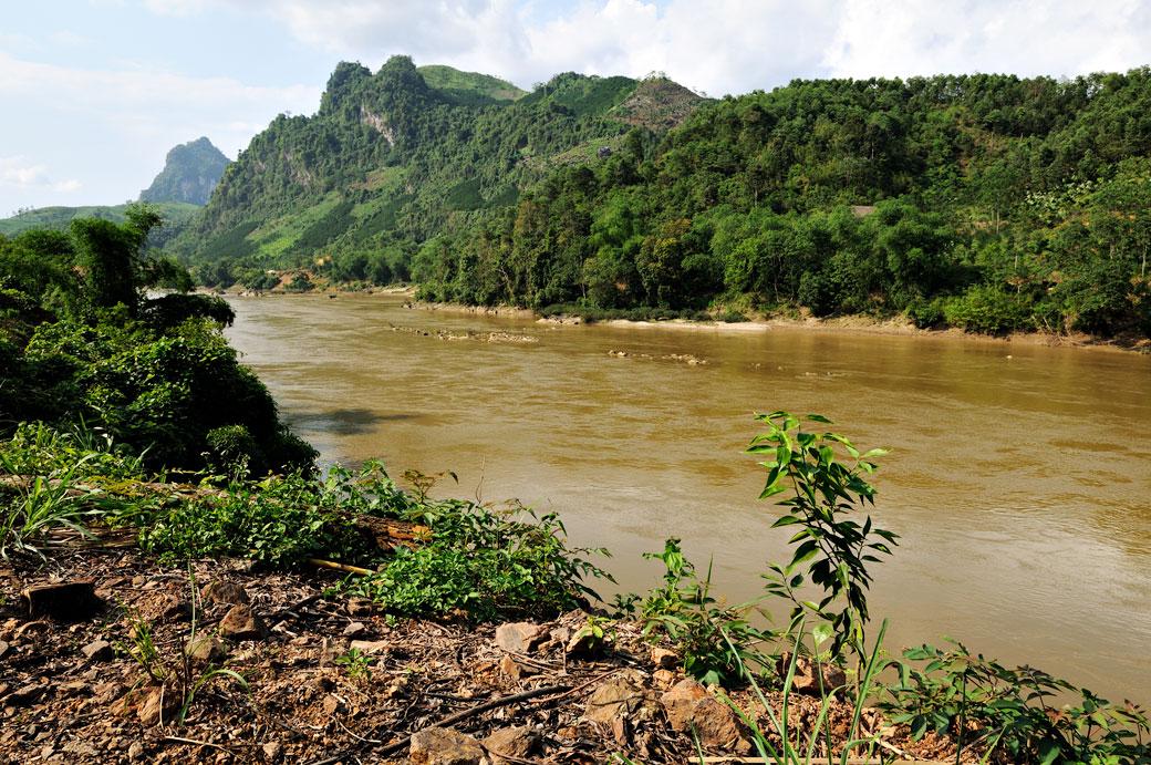 Rivière Lô (Sông Lô) au nord du Vietnam