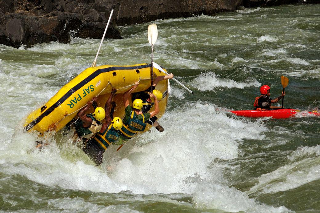 Rafting qui se retourne sur le Zambèze, Zambie