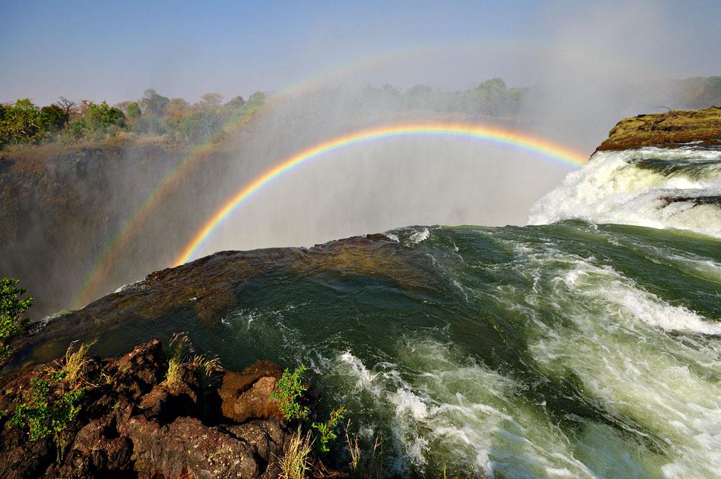 Arc-en-ciel aux Chutes Victoria, Zambie